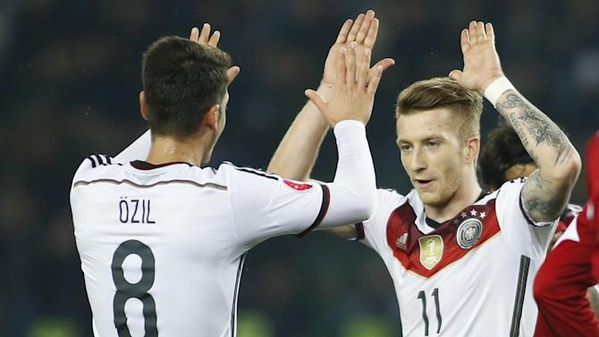 Euro 2016 - Marco Reus and Thomas Mueller set up comfortable Germany win