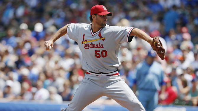 Wainwright, Holliday leads Cards past Cubs, 1-0