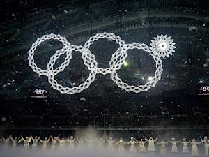 Sochi Olympics Opening Ceremony: Rings Display Malfunctions, Fails to Light Up