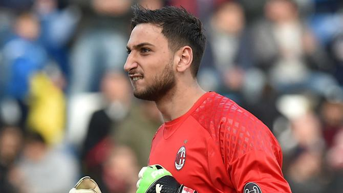 Man Utd and Chelsea target Donnarumma deserves to play in a great team, says Raiola