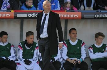 I'd say yes to Real Madrid job - Zidane