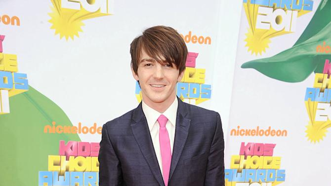 """Former """"Drake and Josh"""" star Drake Bell returns to his Nick roots in style at the 2011 Kids' Choice Awards. Nickelodeon's 24th Annual Kids' Choice Awards"""
