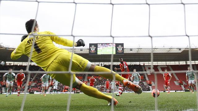 FA Cup - Southampton see off Yeovil to progress