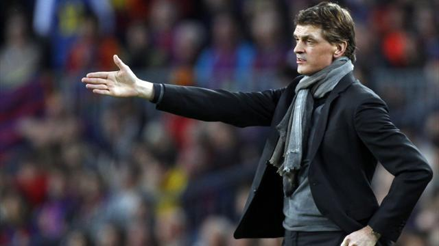 Liga - Vilanova may miss Barca title celebrations