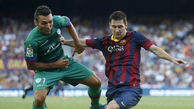 Football - Spain's financial plight feeds Madrid-Barca duopoly