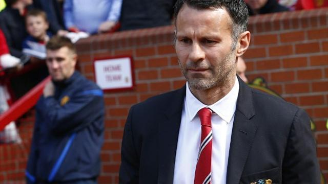 Premier League - Giggs still unsure of United future