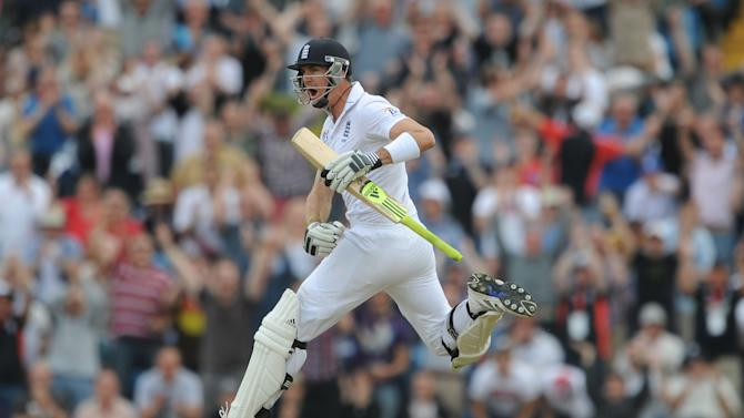 Kevin Pietersen scored his 21st Test century for England on Saturday