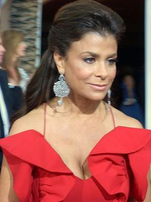 Paula Abdul is one sexy lady -- too bad she and Simon Cowell will likely never date.