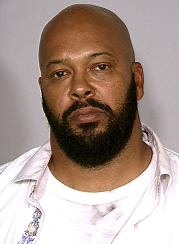 Lawyer says Suge Knight was behind wheel in deadly crash