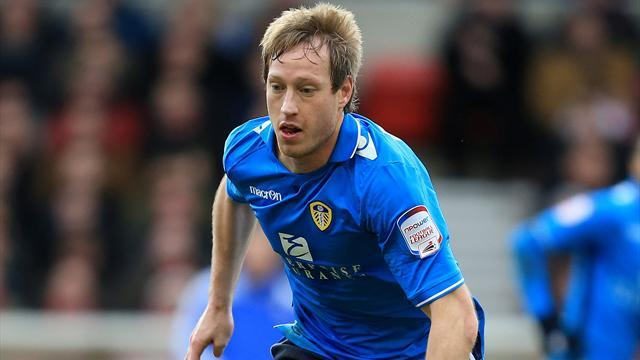 Premier League - Norwich get Becchio, miss out on Hooper
