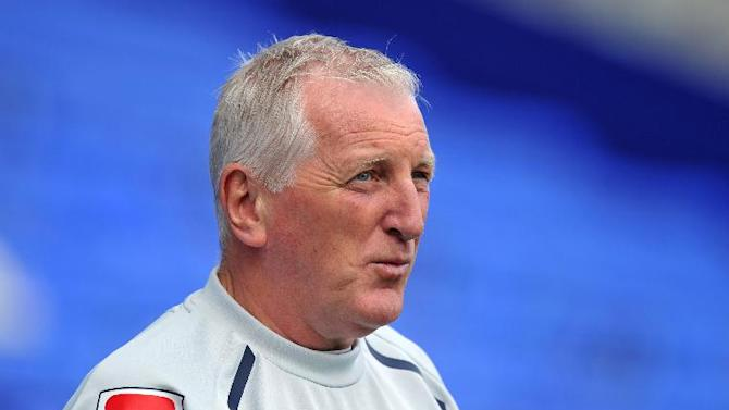 Ronnie Moore was unimpressed with referee David Phillips