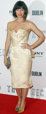 Jessica Biel glows in golden Zac Posen at Dublin Total Recall premiere