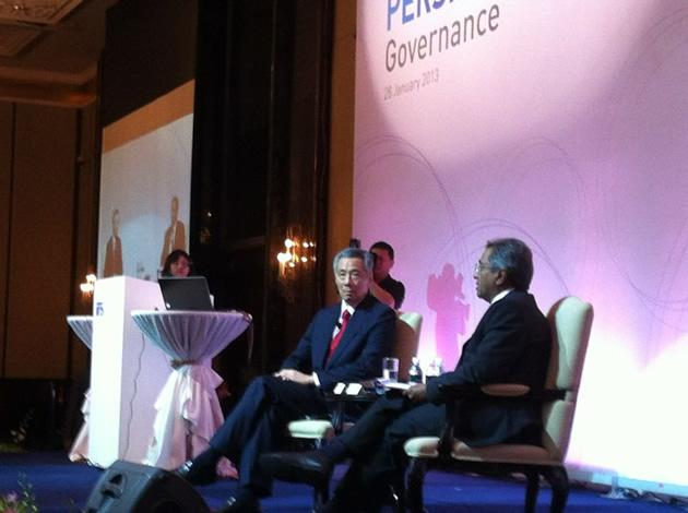 PM Lee admits his government's lack of foresight in planning for population growth in Singapore. (Yahoo! photo)