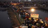 India: Deadly Stampede On River Ganges Bridge