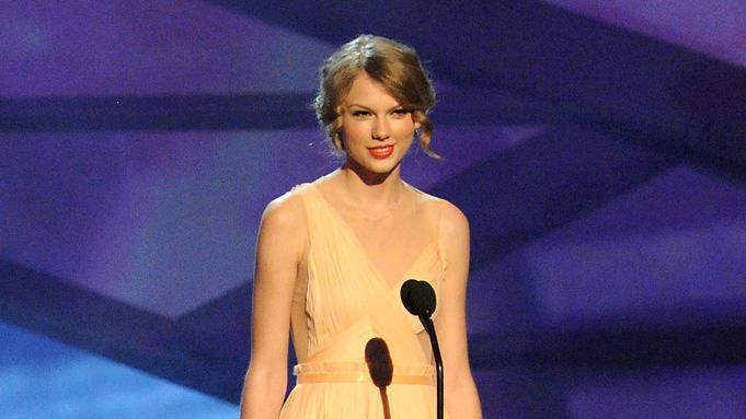 2011 People's Choice Awards Taylor Swift
