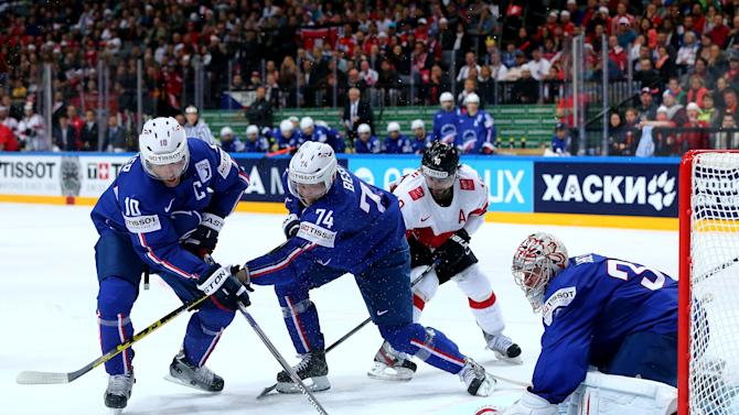 France v Switzerland - 2015 IIHF Ice Hockey World Championship