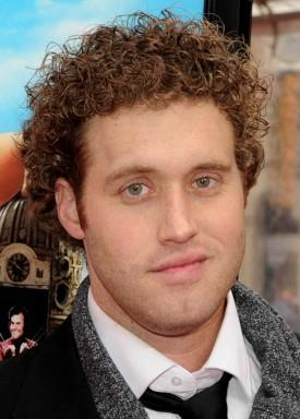 T.J. Miller, Thomas Middleditch Cast In Mike Judge's HBO Comedy Pilot 'Silicon Valley'