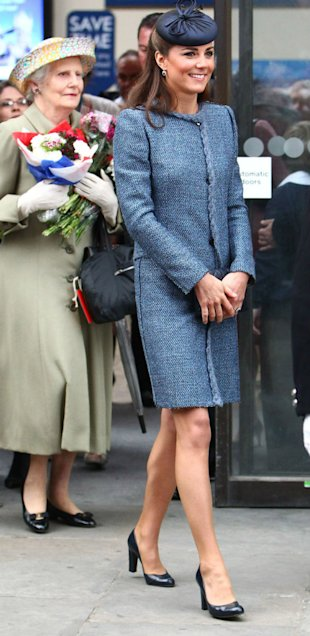 Royal Baby Bump Spotted! Kate Middleton Steps Out With Visible Bump - Pictures