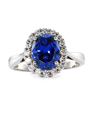 A ring like this is so hot right now!