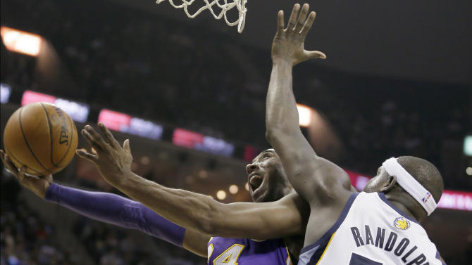 Bryant scores 21 as Lakers beat Grizzlies 96-92