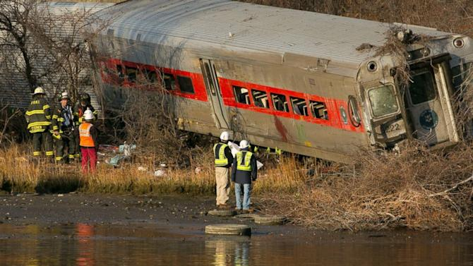 Investigators Recover Black Boxes in Deadly Metro-North Train Derailment