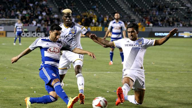 FC Dallas v Los Angeles Galaxy