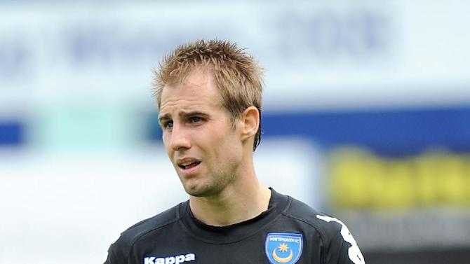 New signing Luke Varney has joined Leeds' summer training camp in Cornwall