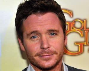 Pilot Scoop: Kevin Connolly Finds New Entourage in CBS' Friends With Better Lives