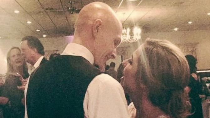 Teen With Terminal Cancer Marries His Girlfriend in Wedding Put on by the Community