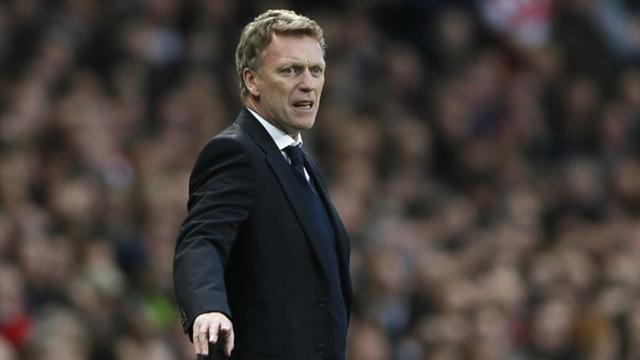 Premier League - Moyes receives backing from Woodward
