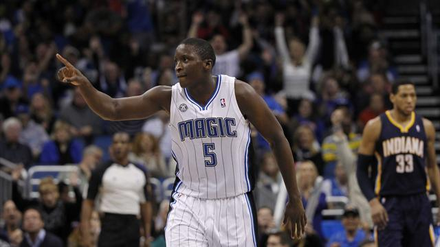 NBA - Magic shock Pacers, Durant leads Thunder to Knicks win