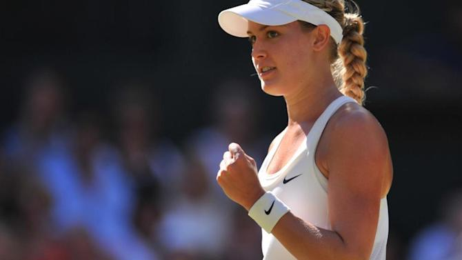 Wimbledon - Bouchard blasts past Halep and into final