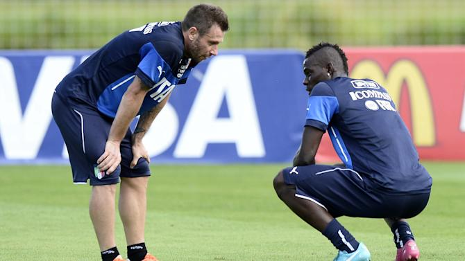 Serie A - Cassano 'not normal in the head'