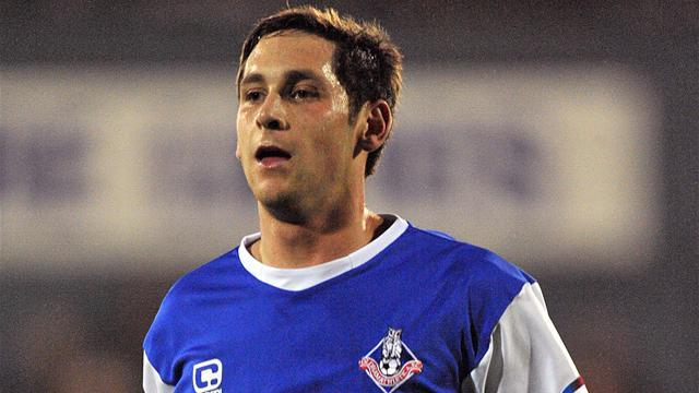 League One - Oldham loan Furman to Doncaster