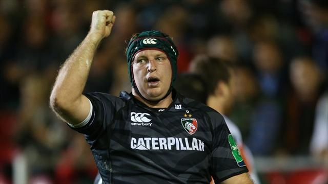Rugby - Waldrom signs Chiefs deal