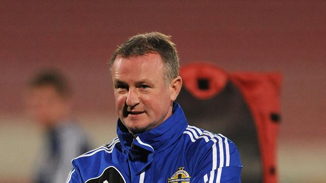 Football - O'Neill to give youth a chance