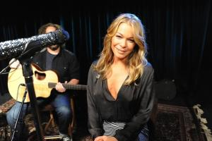 Best Country Album of 2013? LeAnn Rimes Spits Fire About 'Spitfire'