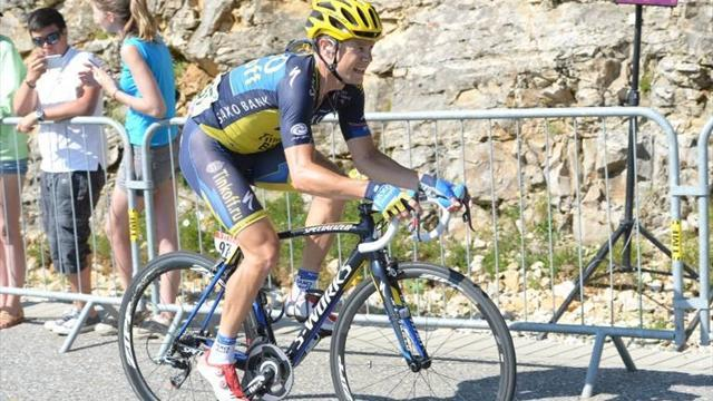 Vuelta a España - Roche takes red as Konig wins stage eight