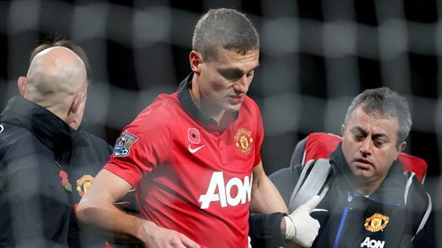 Premier League - Vidic discharged from hospital after suffering concussion