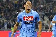 Cavani will rot on the bench if he demands exorbitant wages, warns Napoli president De Laurentiis