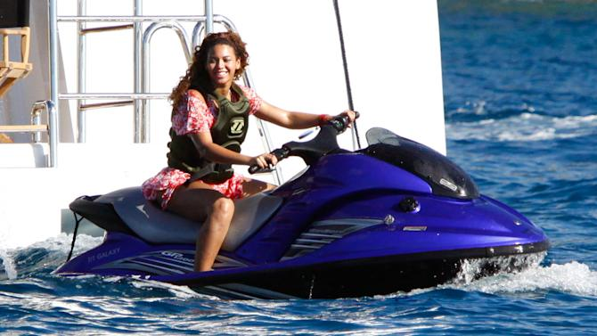 Knowles Beyonce St Barths