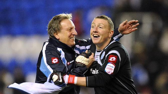 Paddy Kenny (right) links up with Neil Warnock for the fourth time in his career