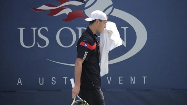 Tennis - Janowicz booed for underhand serve