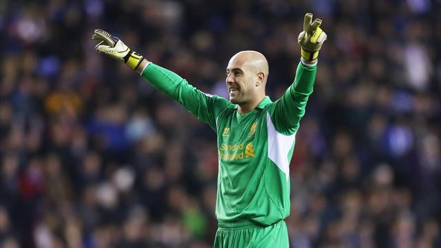 Serie A - Napoli consider Reina swoop