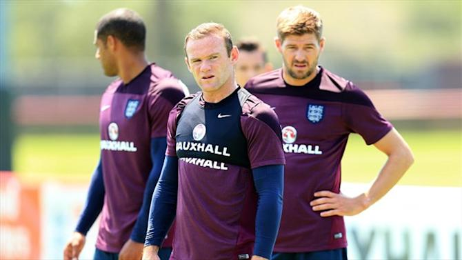World Cup - Hodgson: Rooney 'more than happy' to be shunted out wide