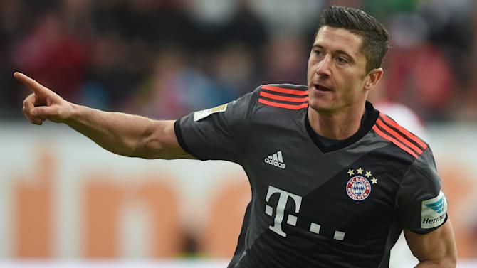 Lewandowski close to new Bayern deal
