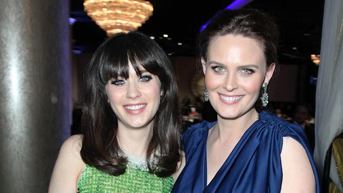 Zooey Deschanel and Emily Deschanel