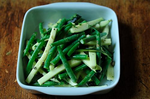 French Green Bean Salad with Tarragon and Green Peppercorn