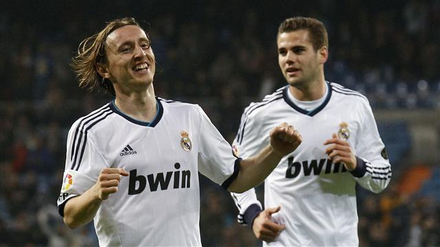 Premier League - Villas-Boas warns Modric over Bale