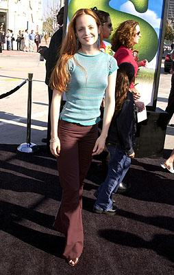 Mena Suvari at the Westwood, CA premiere of DreamWorks Pictures' Shrek